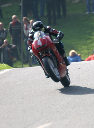 Mike Hose takes the Cadwell Mountain in spectacular style - ©Tony Roberts